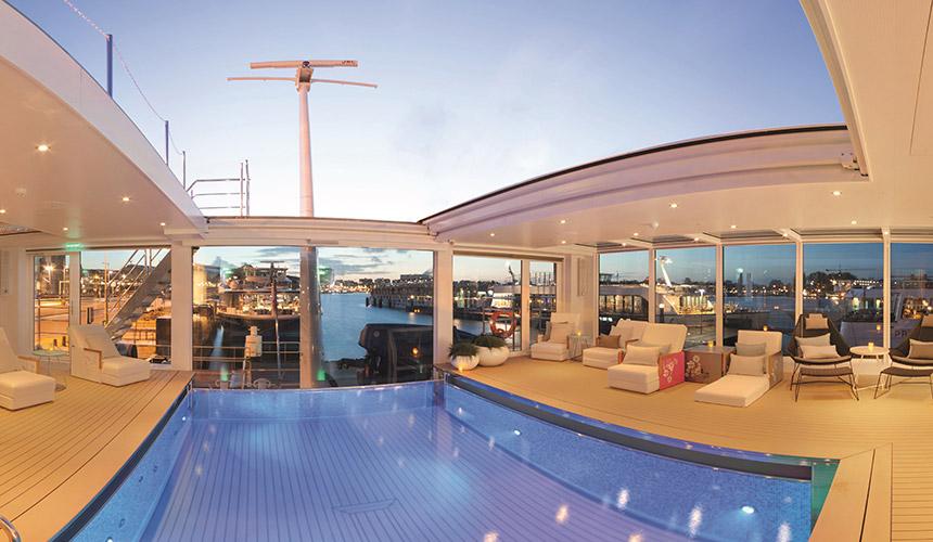 Emerald Waterways Rooftop Pool