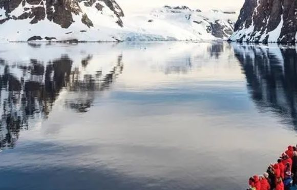 SILVERSEA CONFIRMS 2021-2022 ANTARCTICA SEASON WITH THREE SHIPS DEPARTING FROM CHILEAN PORTS